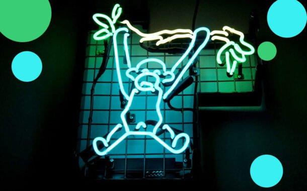 Spacer szlakiem katowickich neonów